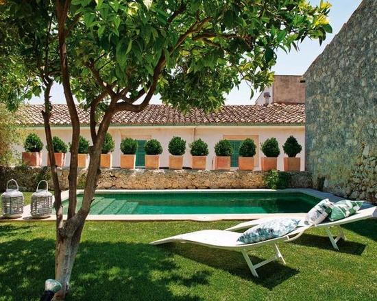 piscine-jardin-exterieur