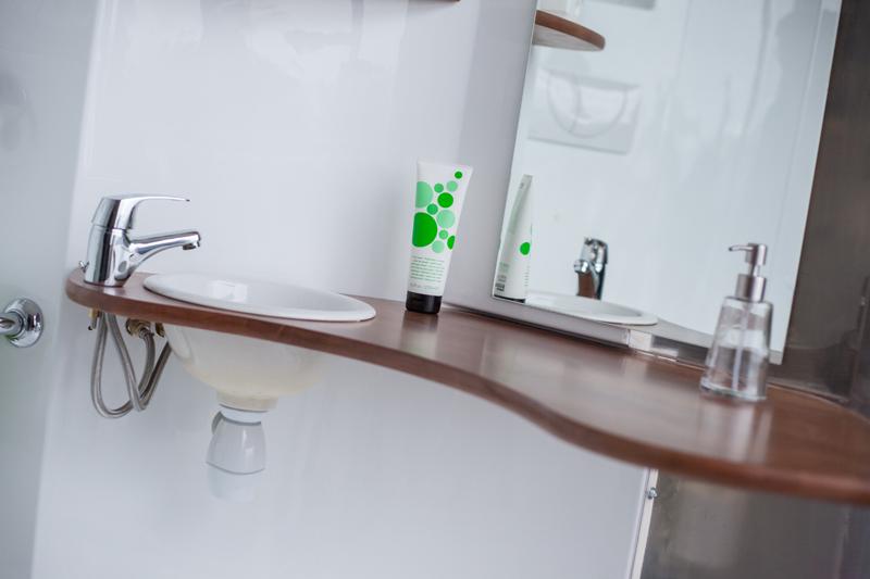 Salle de bain pratique astuces salle de bain salle de for Salle de bain pratique