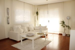 salon-tapis-blanc